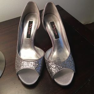 Nina Shoes - Nina New York sparkly heels 👠