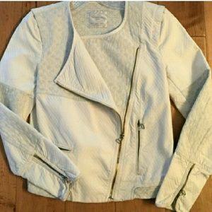 Zara Jackets & Blazers - Zara quilted Moto Jacket