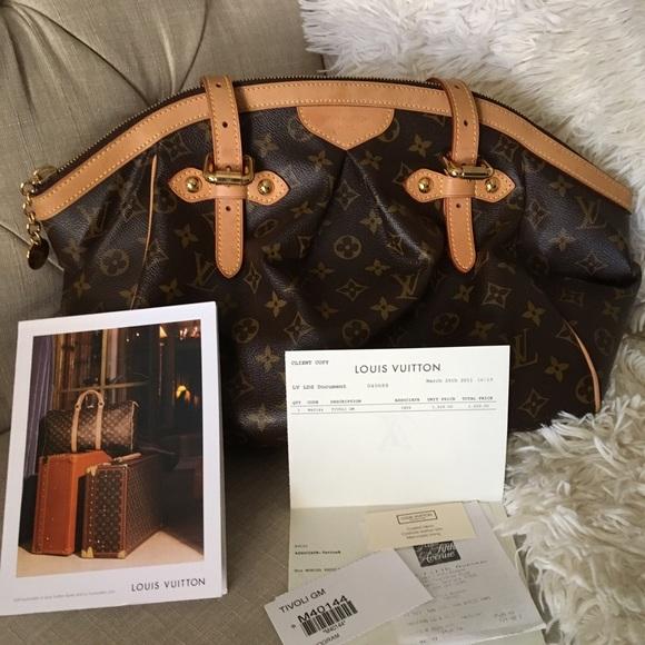 a22a11c228f1 Louis Vuitton Handbags - Authentic Louis Vuitton Tivoli GM -Monogram Canvas