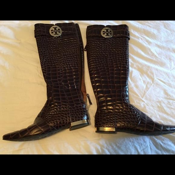ebb119627d142 Tory Burch Uma croc print boots size 8M. M 57fd1d556d64bc3fc2021221