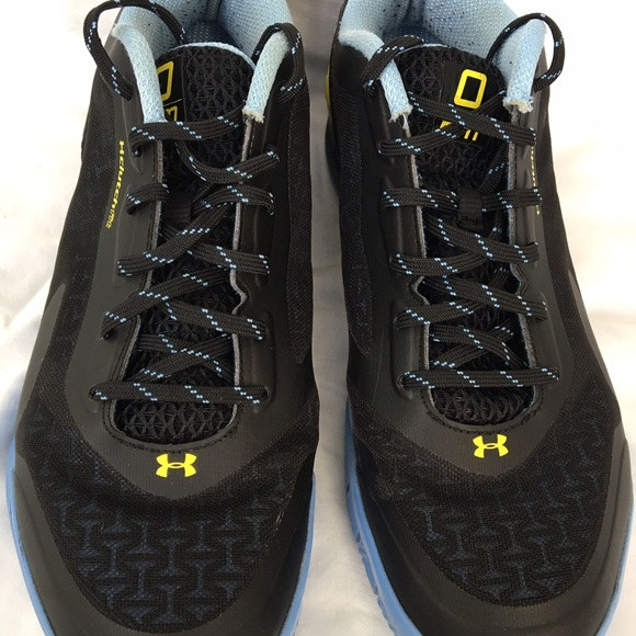 new style c69b5 26b77 Under Armour Clutchfit Drive 3 Low Basketball. M 57fd2259eaf03093e300ab91