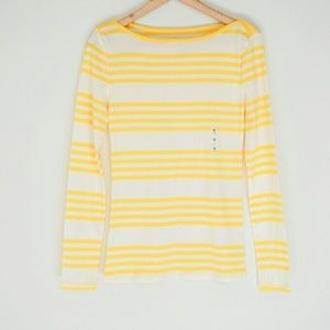 Old Navy Tops - NWT Old Navy Shirt