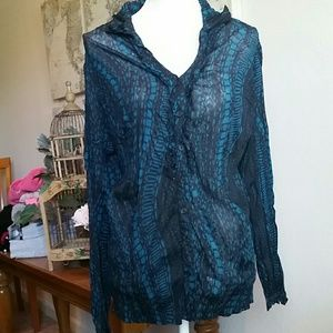 Lane Bryant long sleeve popover blouse