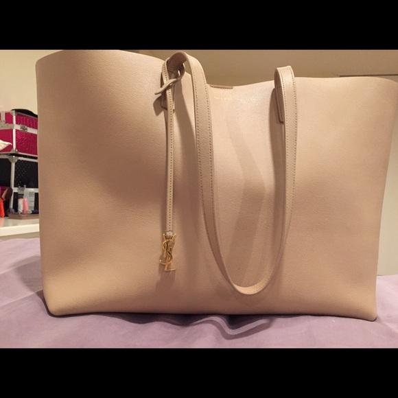 a31b8c1c0346 M 57fd3a4c2599febd0500eae3. Other Bags you may like. Yves Saint Laurent  Muse handbag