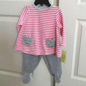 Offspring Other - NWT Offspring velour set - 6 months
