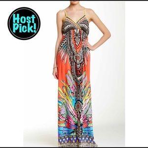 Flying Tomato Dresses & Skirts - 🎉HOST PICK🎉 Beautiful and vibrant maxi dress