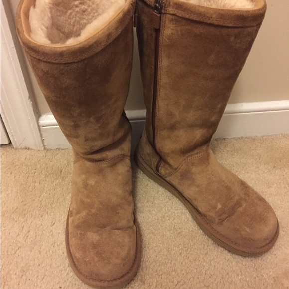 UGG Women's Abree Tall II