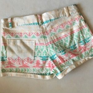 Lola Shorts - Lola Aztec Tribal Pattern Shorts New