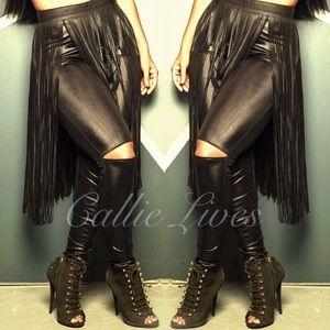 Callie Lives Pants - CutOut Kneeless Faux Leather Leggings S/M