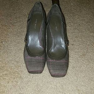 Nine West plaid pumps great condition size 7.5