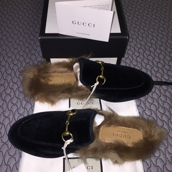 43405f147 Gucci Shoes | Velvet Fur Lined Loafer | Poshmark
