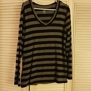 Apt 9 XL Grey and Black Striped Long Sleeve Top