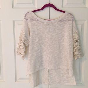Anthropologie Sweaters - 🎉Flash Sale🎉Anthropologie Crochet Sleeve Sweater