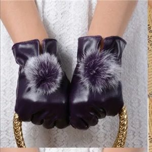 🎉HP🎉Classy Purple or Brown leather pompom gloves