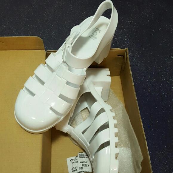bbef565e2862 Retro Jelly fisherman sandals