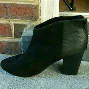 Shoes - Booties! Sexy Faux Suede/ Croc
