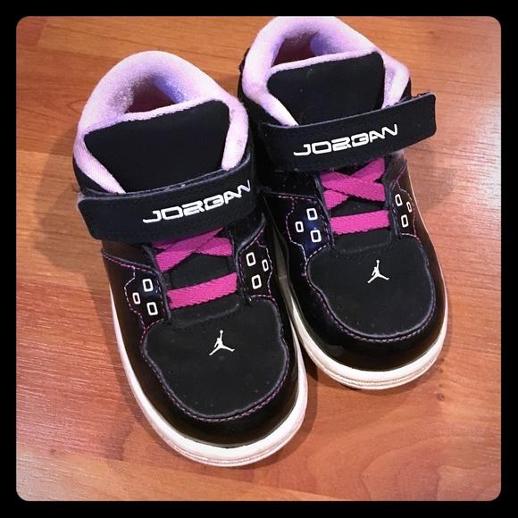 best service 754ad 780d5 Toddler pink and black Jordans
