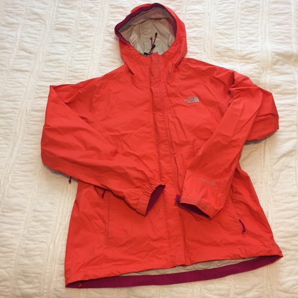 fa7c07bfe North face HYvent 2.5L Rain jacket