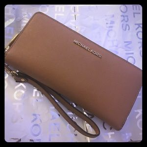 Michael kors authentic saffiano leather