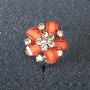 Jewelry - ✨NEW✨Cluster Flower Ring in coral 💍