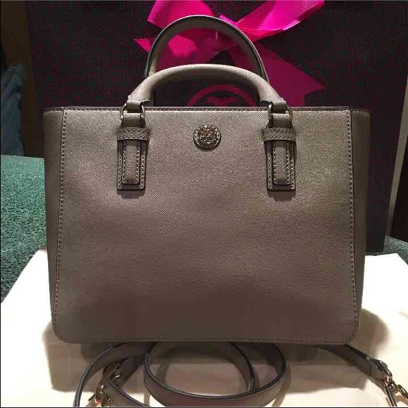 f274be94ae06 Tory Burch Robinson Mini Square Tote - French Gray.  M 57fe314b4225be906c0010f1