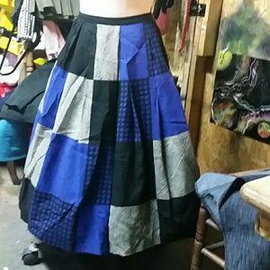Cute vintage full skirt