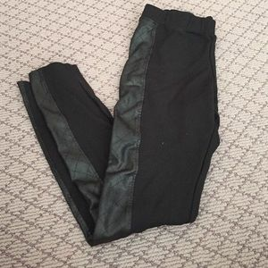 Abbeline Pants - Black Leggings with Leather Side Stripe