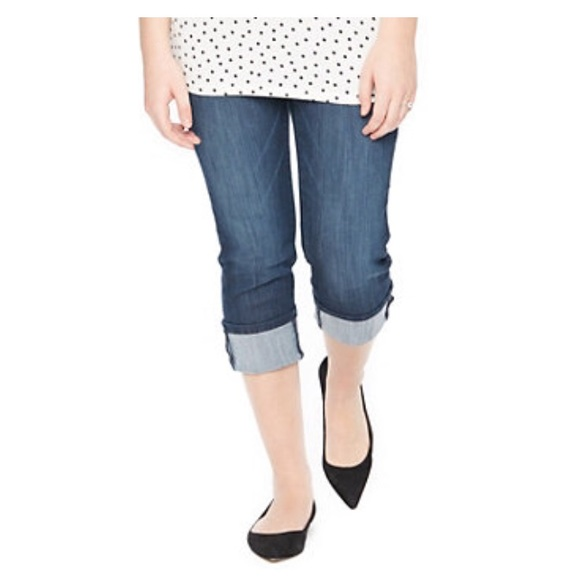 60% off Oh Baby by Motherhood Pants - NWT Maternity Jean Capris ...