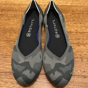 8638bbd72130 rothys Shoes - Grey camo Rothys s