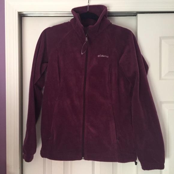 f730a27d796 Columbia Jackets   Blazers - Columbia Three Lakes Fleece Jacket