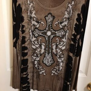 Vocal top with stone design cross