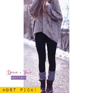 Davin+Theia Pants - SALE‼️ HP 💖 Black Fur-Lined Fleece Leggings