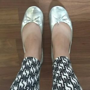 Foldable Silver Flats