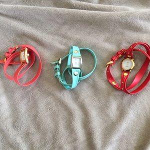 La Mer Jewelry - Bundle of 3 NWOT La Mer wrap around watches