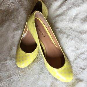 Zigi Soho Shoes - Zigi soho polka dots pumps 👠
