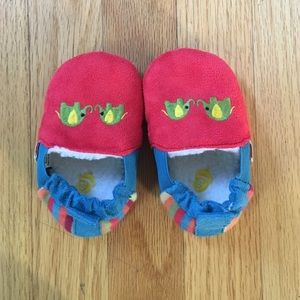 Acorn Other - Acorn toddler slippers, never worn, 12-18 mo