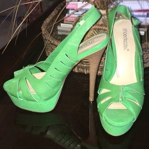 Shoedazzle Shoes - Green ShoeDazzle heels!