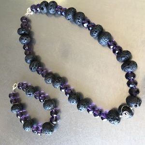 Jewelry - Black and purple necklace and bracelet set