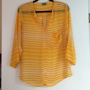Daven yellow and white sheer top with 3/4 sleeves