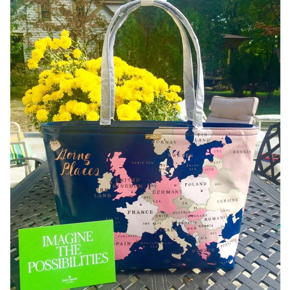 38 off kate spade handbags kate spade nwt going places world kate spade nwt going places world maps tote bag sciox Image collections