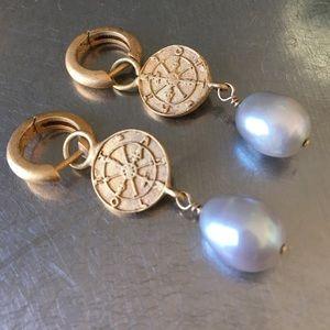 Jewelry - Baroque pearl earrings