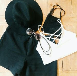 🌻F21 Vintage Black High Waist Short