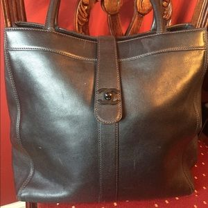 Authentic  CHANEL  handbag.