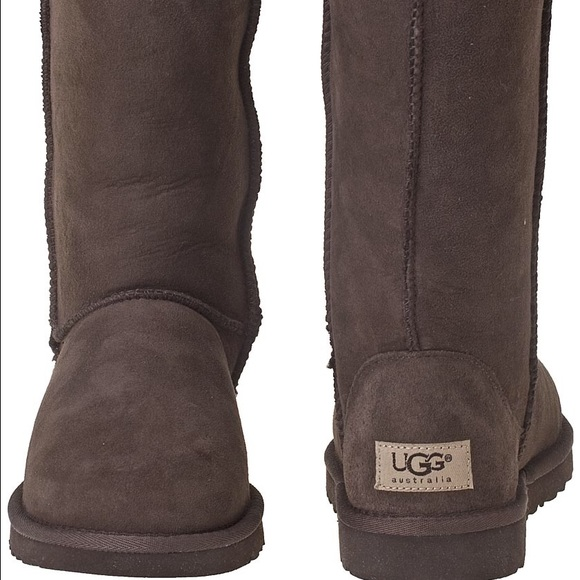 Explore More. In , an Australian surfer brought his beloved sheepskin boots to Southern California and founded UGG. By the mid s, the brand had become a mainstay in surf shops up and down the coast and an icon of the beach lifestyle. Now loved everywhere by people who appreciate comfy style, UGG offers casual footwear and cozy items for.