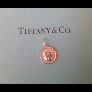1 DAY SALE 🎉Tiffany & Co Gift Box Charm