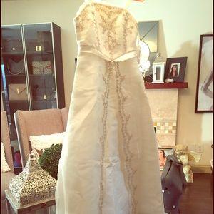 Lilac Clothing Dresses & Skirts - Flower girl dress.