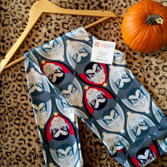 LuLaRoe - SALE‼ LuLaRoe Halloween Dracula Print TC Leggings from ...