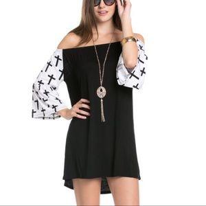 Dresses & Skirts - 🎉🎉 Host Pick🎉🎉 Cutest Off the Shoulder Dress
