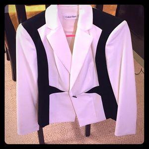 Sharp, black and white Calvin Klein blazer. 