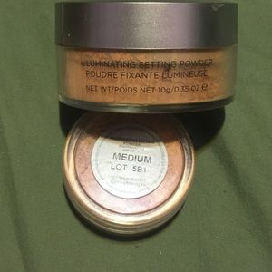 Other - Two Cover Fx illuminating setting powders